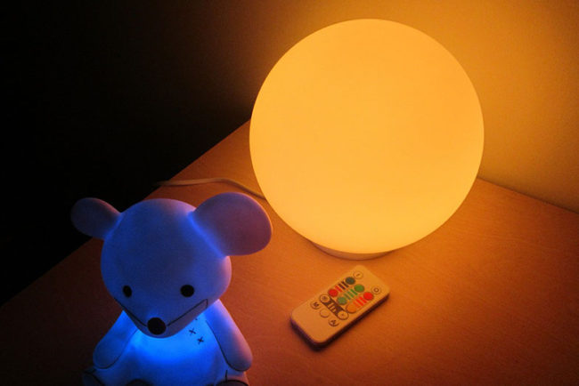 What Age Should a Child Stop Using a Night Light?