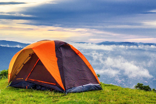 Hammocks vs.Tents: Which Is Warmer to Sleep In?