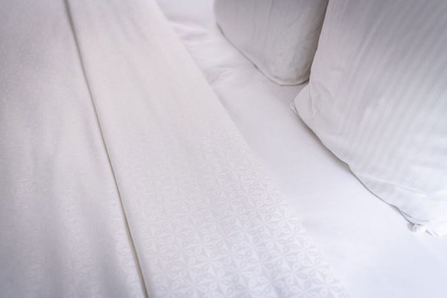 Why Are Hotel Bed Linens So Comfortable?