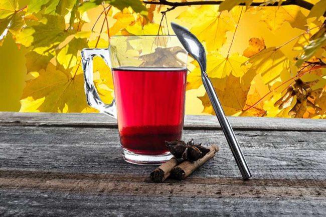 Does Hibiscus Tea Make You Fall Asleep?